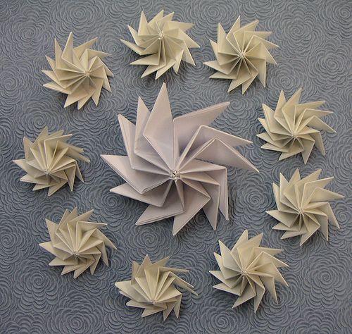 Origami spinning top Kimokame.com
