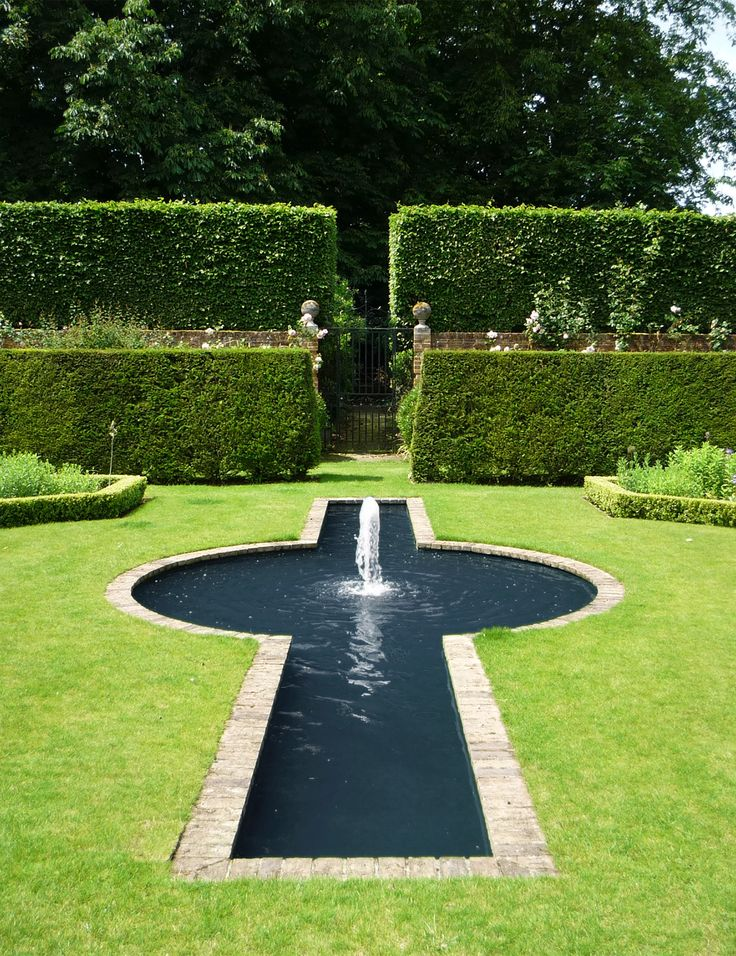 richard miers garden design house garden the list - Brown Garden Design