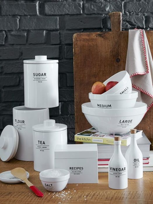 utility mixing bowl set  http://rstyle.me/n/ty5z2pdpe