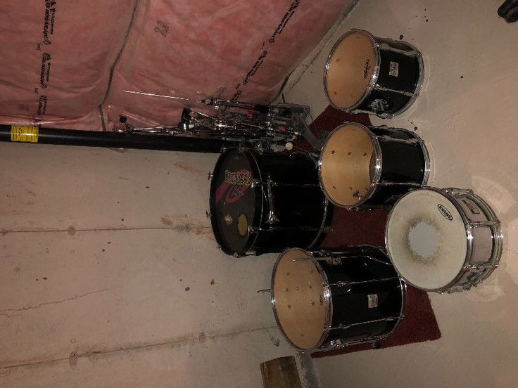 selling my used yamaha drum set. no missing parts. sounds great. 350 obo