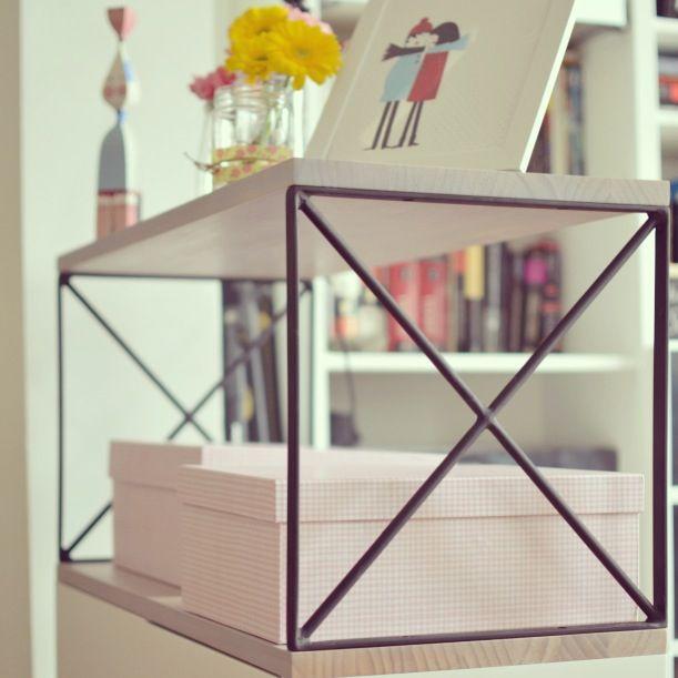 Mueble auxiliar hecho a medida diseño de Un Dos Trexa. Más info: www.interiorismoonline.com