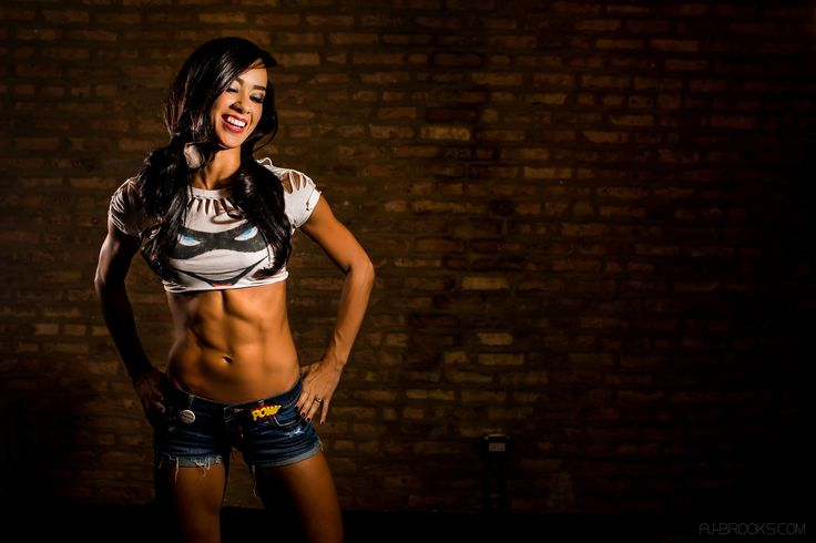 AJ Lee with abs