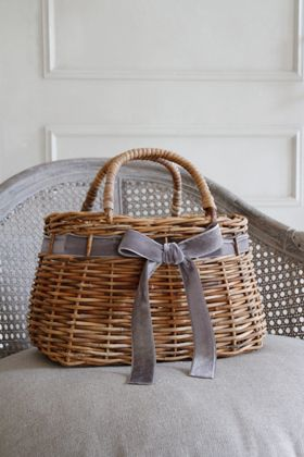 zakasarah.com beautiful basket w/ handles and gorgeous gray velvet ribbon & bow.