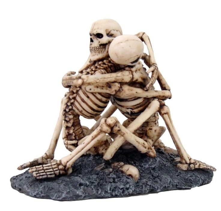 Love Never Dies Skeleton Hugging Couple Halloween Wedding Cake Topper  Statue New | EBay