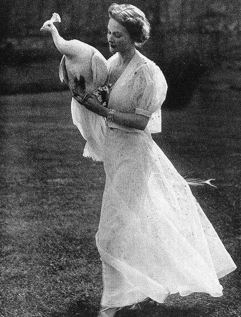 photograph by Martin Munkacsi for Harper's Bazaar, June 1936.