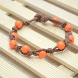 This knotted bead bracelet tutorial is a creative and simple-to-learn project for every craft person.
