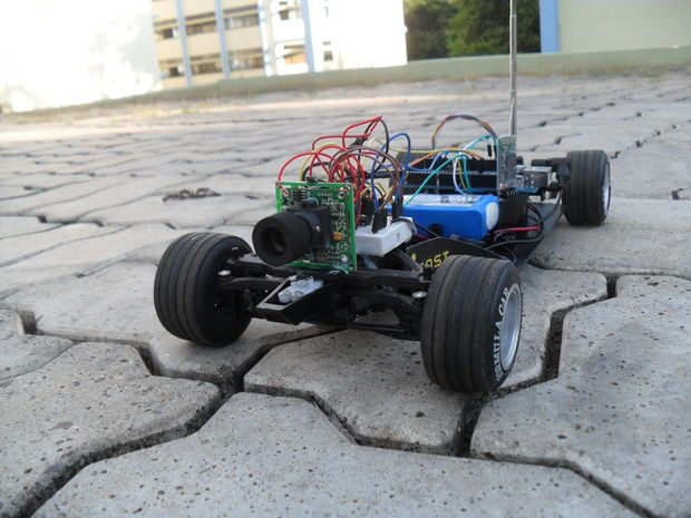 Arduino Bluetooth car controlled by PC