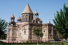 День памяти святых апостолов Фаддея и Варфоломея — первых просветителей Армении