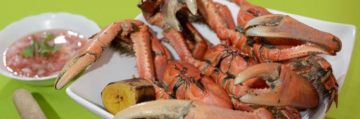 #Guayaquil - El Rincón de Carlos-Ochipinti Jr. | Guayaquil es mi Destino. El cangrejo criollo se sirve con salsa de cebolla y maduro cocinado, ubicada en las calles Los Ríos y Alcedo.