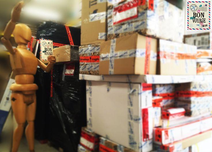 Bon Voyage pakketjes! Daar gaan de pakketten.