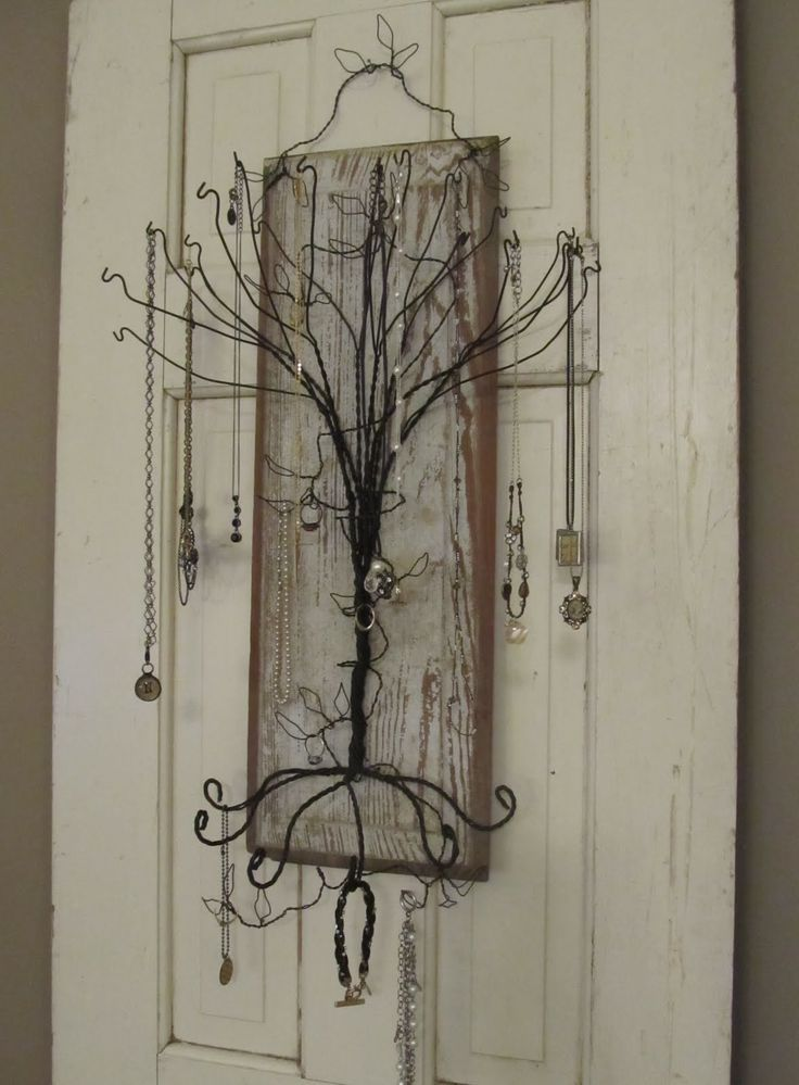 Coat Hanger Jewelry Tree Hint hint i want i want !!!! I know