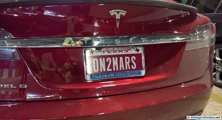 """On To Mars""! - a Tesla owners's tribute to Elon Musk and SpaceX.  We agree 150%"