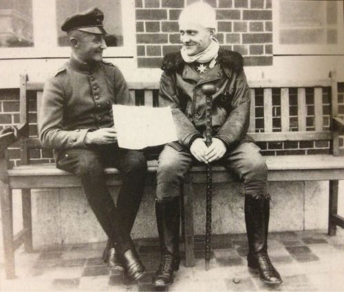 letters-from-kur:  Manfred von Richthofen with Karl Heino Grieffenhagen.
