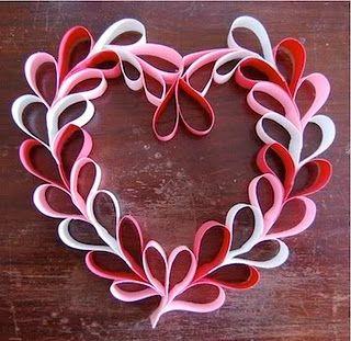 Valentine wreathCrafts For Kids, Valentine Crafts, Valentine'S Day, Ideas, Paper Wreaths, Valentine Day Crafts, Heart Wreaths, Paper Hearts, Valentine Wreaths