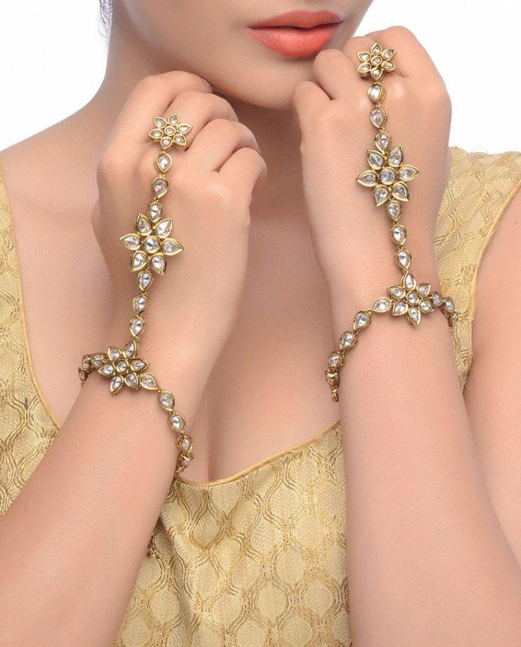 Exclusively.In  Phulwari Haath Panja - Jewelry #desi #indian