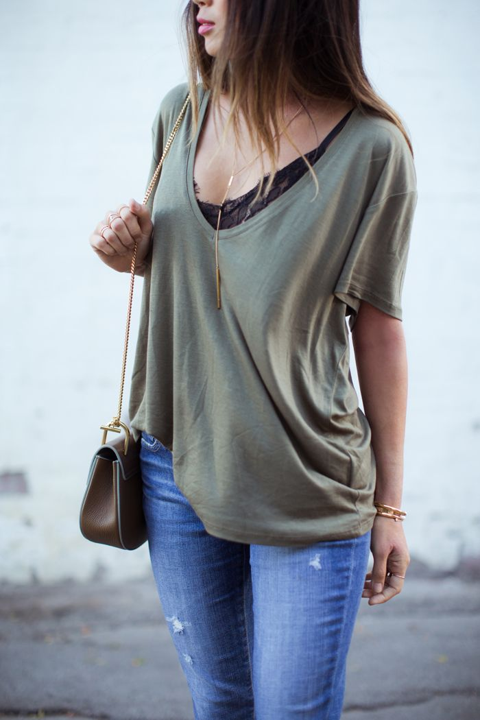 V neck tee +lace bra= perfection