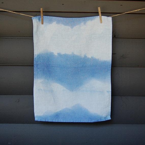 tea towel >>  Simple dip dye.