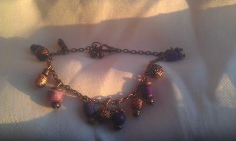 Lilaság karkötő lila és bronzgyöngyökkel, Gaboca, meska.hu
