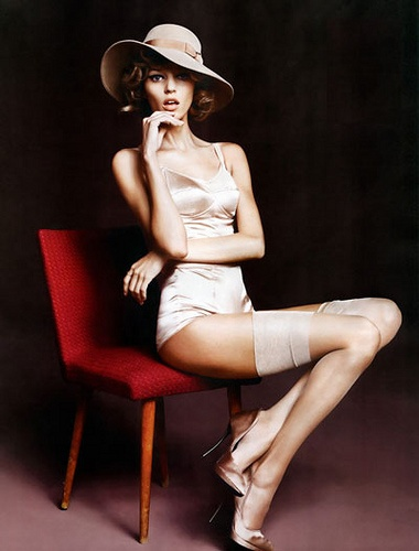 A seriously sexy and refined 70s inspired shot.Models, Hats, Vogue Mexico, Vogue Fashion, Lingerie, Boudoir, October 2010, Latin America, Anja Rubik