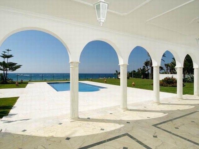 Luxury Villa for Sale in Guadalmina Baja, Marbella, Costa del Sol, Spain. CLICK ON IMAGE FOR INFO & PRICE.