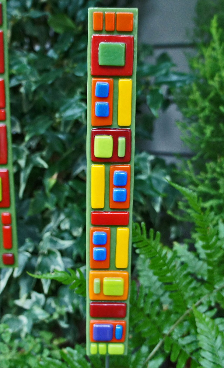 Fused glass yard art - Home Decor Garden Art Green Orange Red Yellow Blue Fused Glass Art Stake