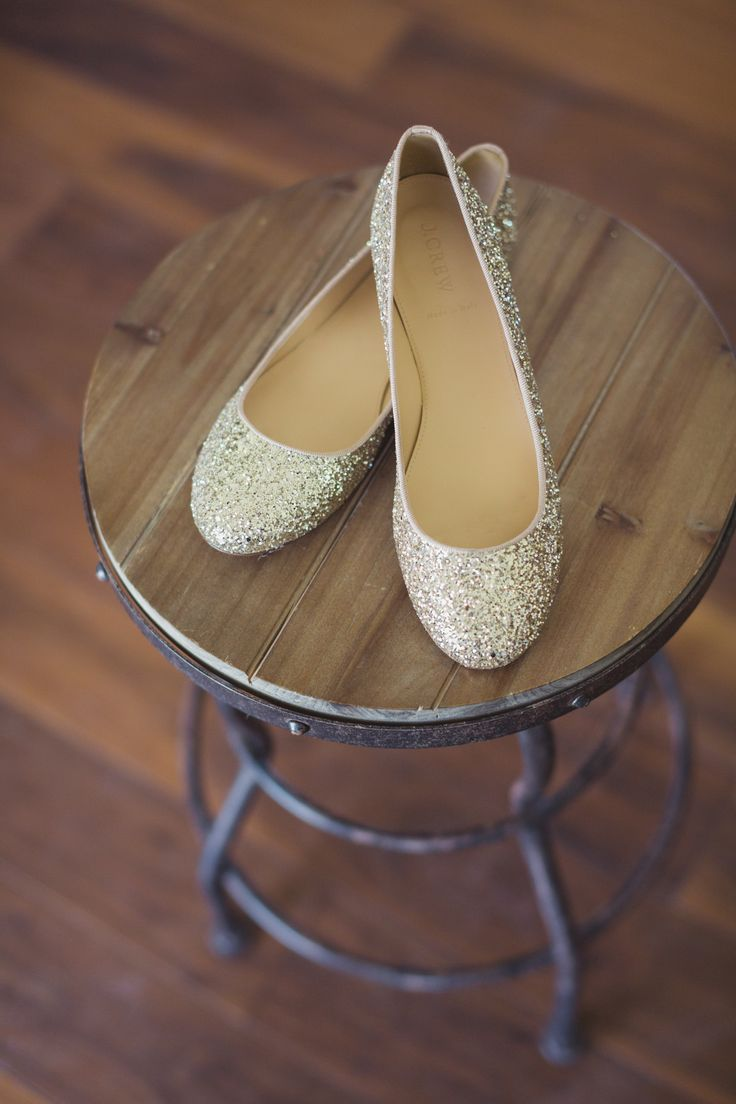 sparkly J.Crew shoes Photography: Snapmotive  Read More: http://www.stylemepretty.com/california-weddings/2014/05/19/rustic-celebration-in-san-luis-obispo/