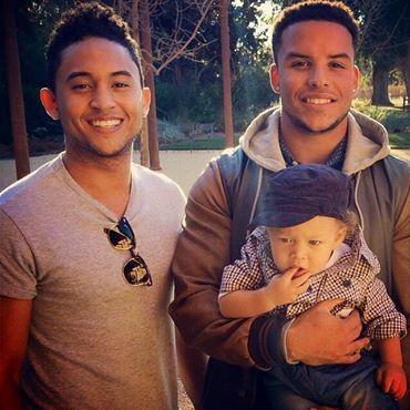 Tia Tamera's Brothers; Tahj and Tavior Mowry with baby Aden:-) ][ LoveCrossesBorders