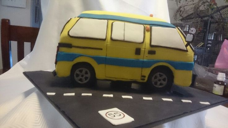 Suzuki van cake