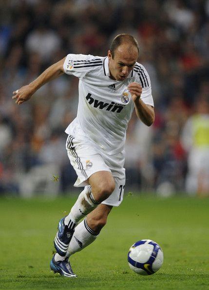 Arjen Robben Photos: Real Madrid v Espanyol - La Liga