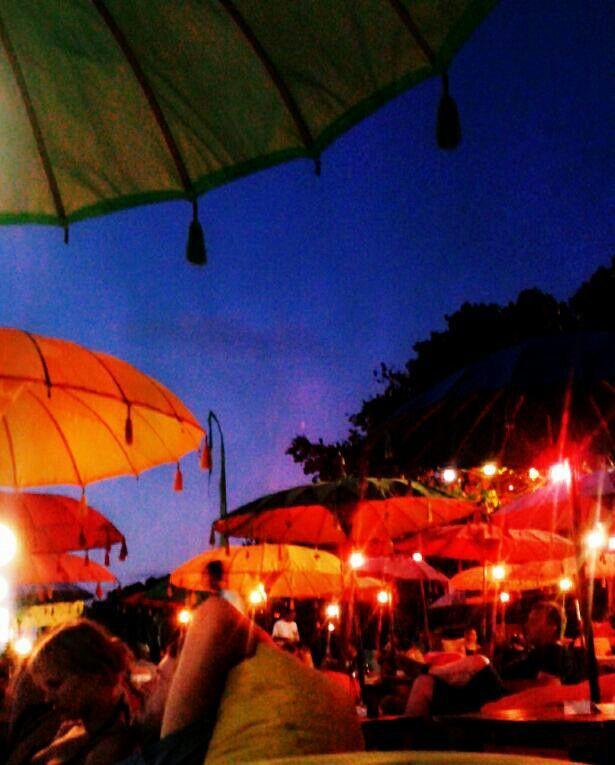 Evening dinner at bali beach