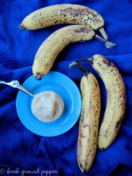 mango, loquat and banana ice cream with dates from freshgroundpepperblog.wordpress.com