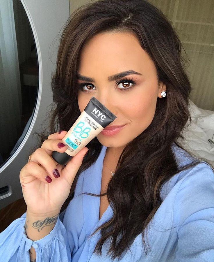 Demi Lovato Celebs Cd