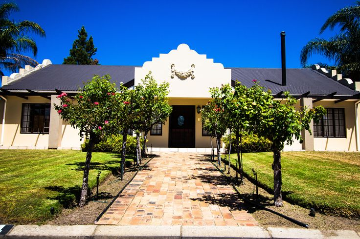 Cape Dutch architecture in Wellington. The Real Estate Avenue has properties for sale in Wellington and Paarl.