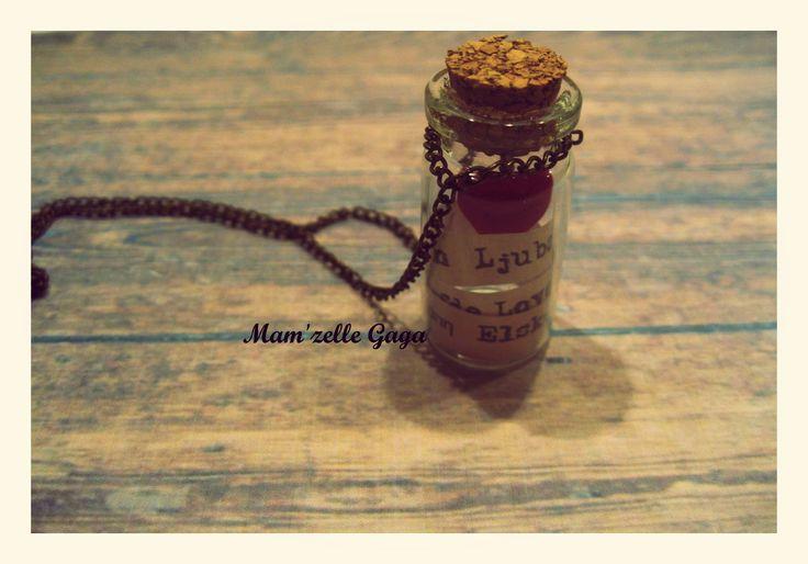 Quelques mots d'amour necklace