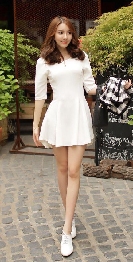 [Luxe Asian Women Dresses Fashion Style Korean Model Fashion Clothing] V-look unbalanced Dress