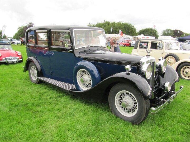 Daimler Limousine 1937 at Sherborne Castle classic car show