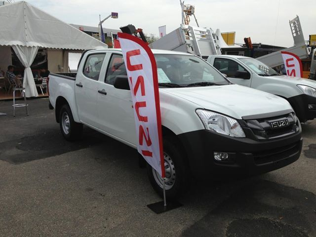 ISUZU D-Max looking good at Suisse Public 2013