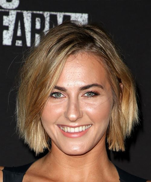 View and try on this Scout Taylor Compton Short Straight Casual Bob hairstyle - Medium Blonde.
