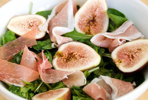 Arugula Salad with Figs and Prosciutto by userealbutter #Salad #Figs #Prosciutto #Arugula: Prosciutto Salad, Salad Figs, Userealbutt Salad, Figs Prosciutto, Healthy Food, Eating Healthy, Arugula Salad, Prosciutto Arugula, Figs Salad