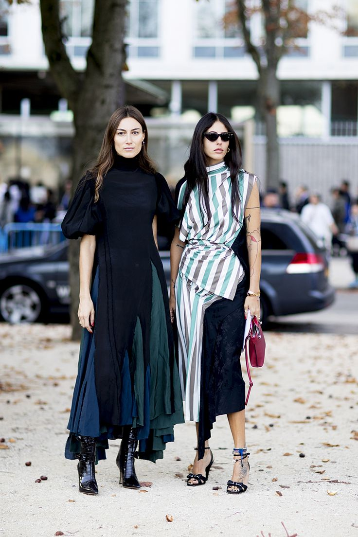 paris fashion week street style spring 2018 giorgia tordini gilda ambrosio loewe blue green dress striped top midi skirt black boots ankle strap sandals