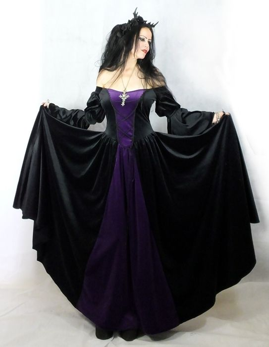 Moonmaiden Gothic Clothing - Melian Gown - Medieval Renaissance Dress