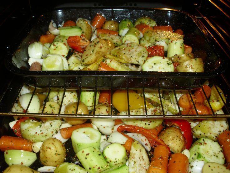 veškerou zeleninu nakrájet na velké kusy. česnek nechávám vcelku. vložit do…