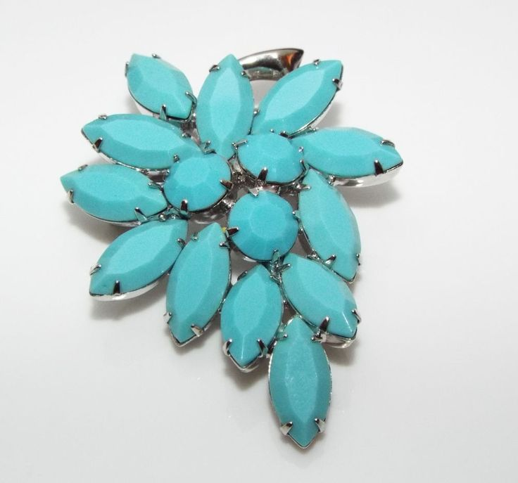 Vintage faux turquoise glass Rhinestone BROOCH pin costume jewelry #unsigned