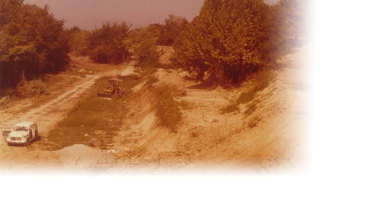 Le prime macchine da costruzione preparano il terreno per la costruzione di Gardaland