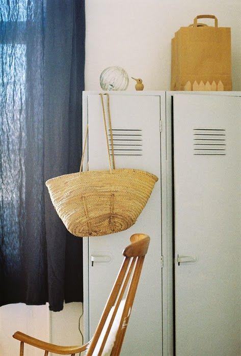 17 meilleures id es propos de rideau moutarde sur pinterest rideau jaune moutarde rideau. Black Bedroom Furniture Sets. Home Design Ideas