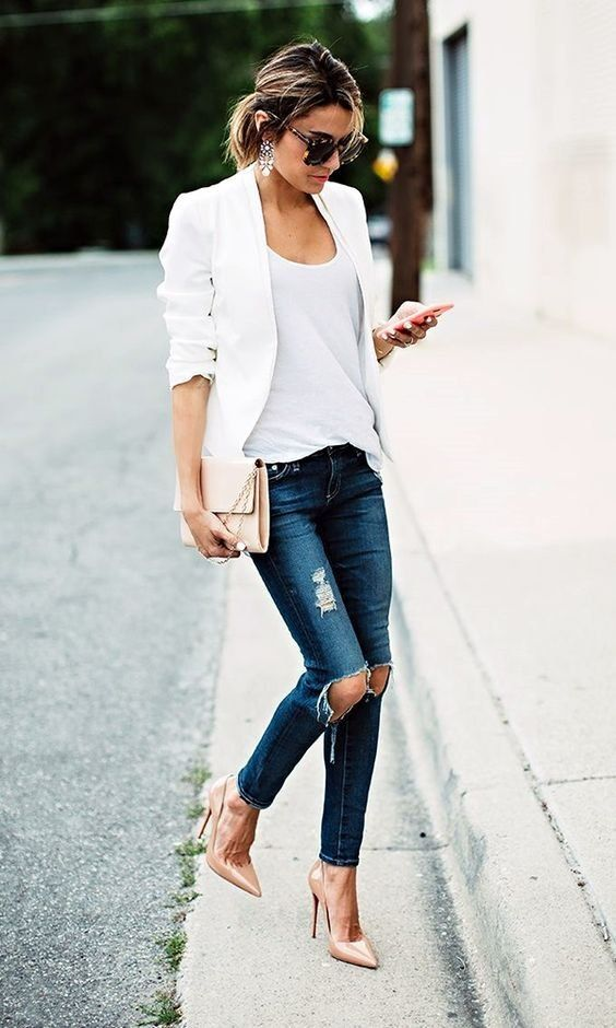 white top + blazer + ripped jeans + nude heels ideal work casual