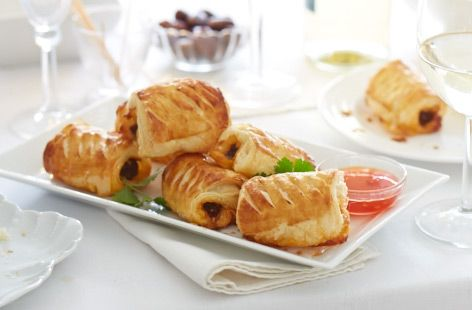 Making this delicious snack couldn't be easier. Find out how to make spicy beef and tomato sausage rolls today at Tesco Real Food.