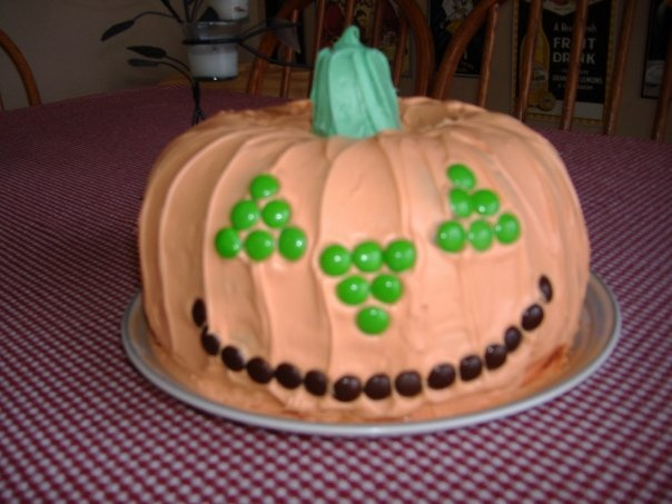 jack-o-lantern pumpkin face halloween fall cake pan how to use