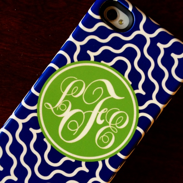 The BEST monogrammed iPhone 4s case ever!!! I got it at Marley Lily and it offers awesome otter box like protection similar to commuter case!!!