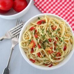 Spaghetti Aglio, Olio e Peperoncino (Garlic, Olive Oil and Chilli Spaghetti).